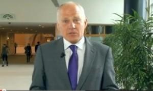 Michael Cashman - poslanec v EP, v podporo družinskemu zakoniku