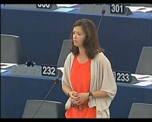 Tanja Fajon o švicarskih kvotah za priseljence